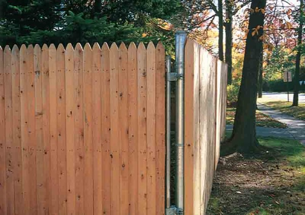 Milled Stockade with Steel Post
