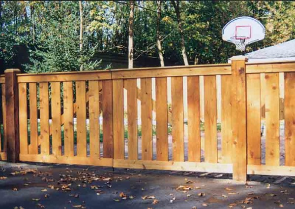 Spaced Traditional Double Drive Gate Front Side
