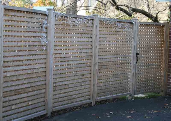 Square Lattice Fence with 2 Inch Opening 1