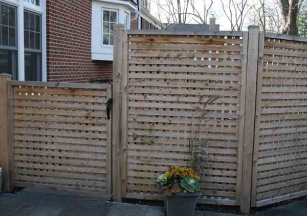 Square Lattice Fence with 2 Inch Opening 2